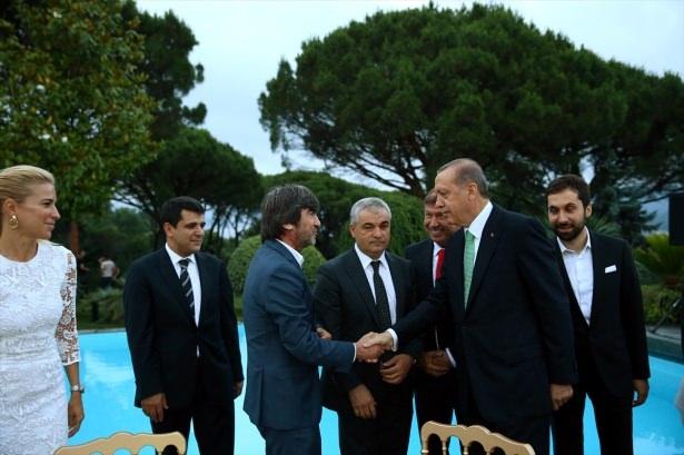 Erdoğan sanatçı ve sporcuları ağırladı 3