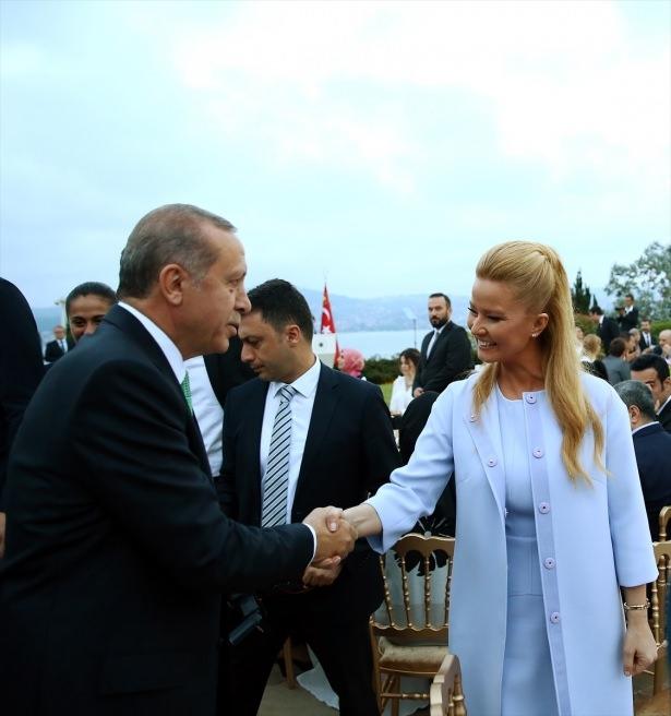 Erdoğan sanatçı ve sporcuları ağırladı 31