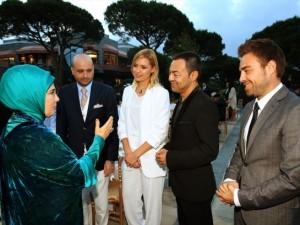 Erdoğan sanatçı ve sporcuları ağırladı