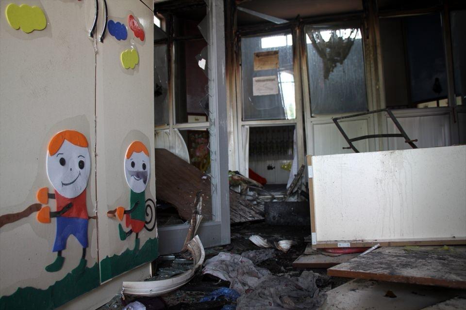 Teröristler anaokuluna saldırdı! 8
