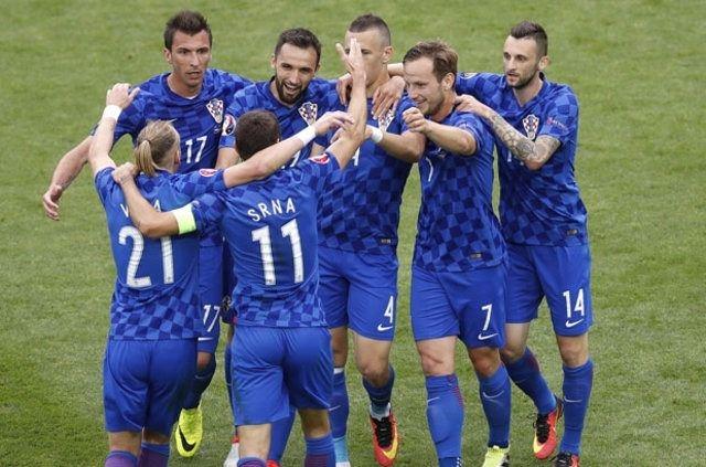 EURO 2016'da hangi ülke ne kadar prim alıyor? 23