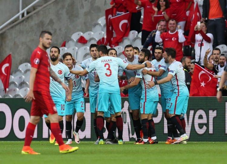 Türkiye-Çek Cumhuriyeti maçı Dünya basınında 15