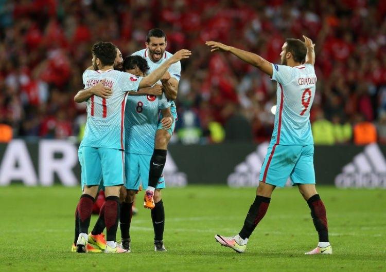 Türkiye-Çek Cumhuriyeti maçı Dünya basınında 2