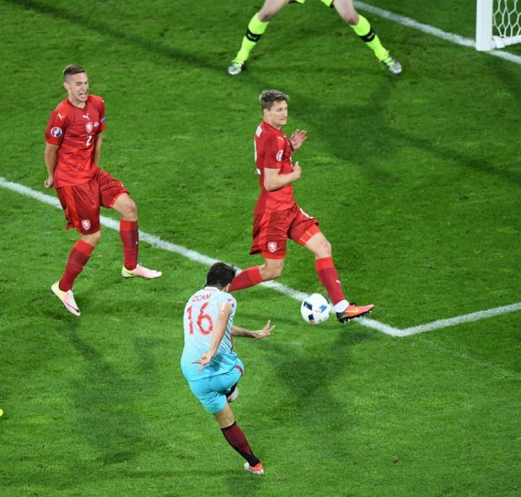Türkiye-Çek Cumhuriyeti maçı Dünya basınında 41