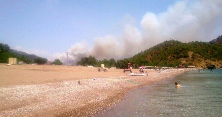 Tatil cenneti alev alev yanıyor! 16