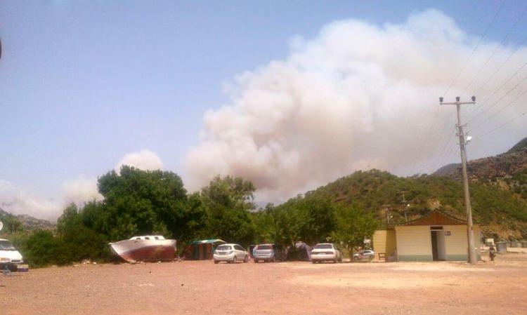 Tatil cenneti alev alev yanıyor! 33