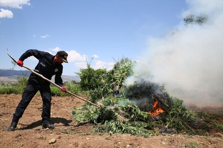 PKK'dan hain talimat: Hepsini yakın 23