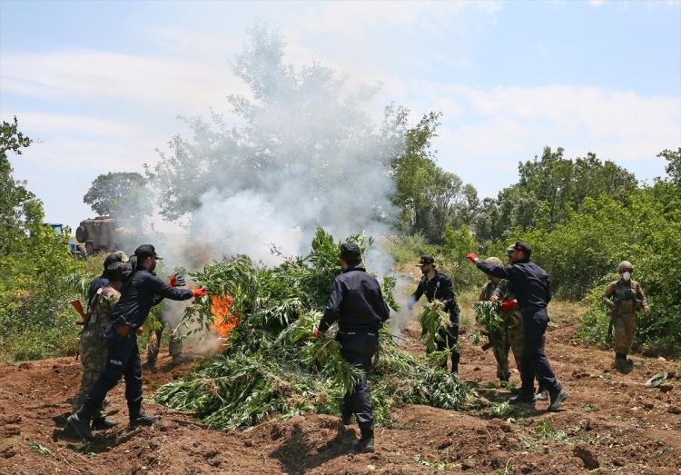 PKK'dan hain talimat: Hepsini yakın 9