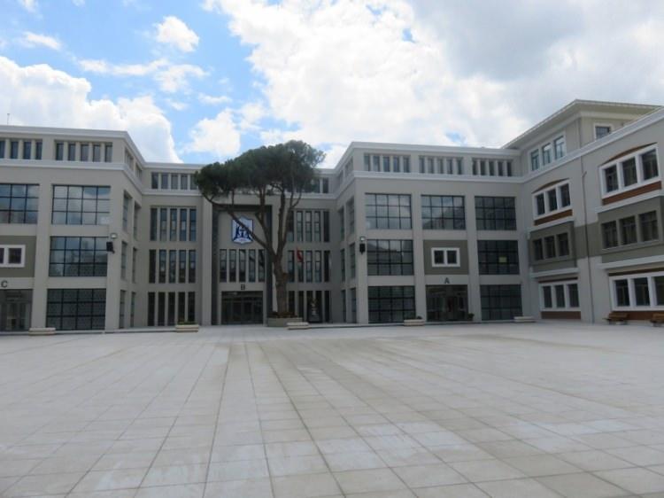 Türkiye'nin en iyi 10 İmam Hatip Lisesi 94
