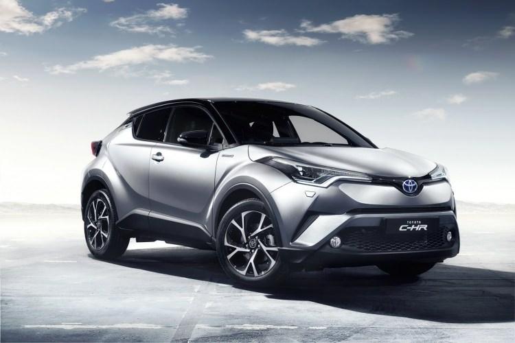 Toyota C-HR'nin iç mekanı ortaya çıktı 1