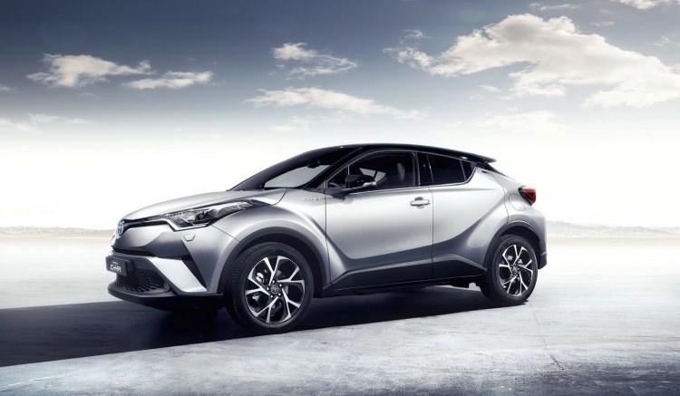 Toyota C-HR'nin iç mekanı ortaya çıktı 22