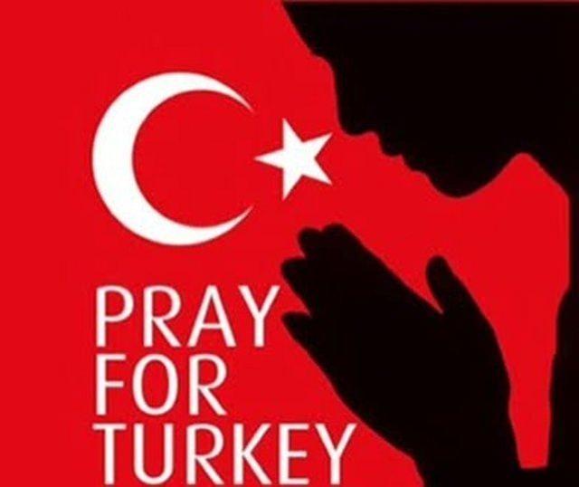 Dünya Türkiye için dua ediyor! 18