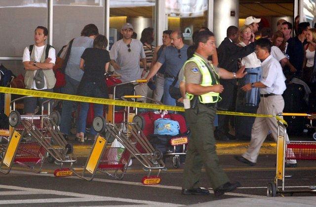 İşte en kanlı havalimanı saldırıları 10