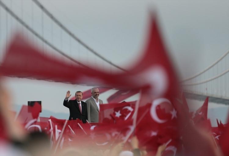 Osmangazi Köprüsü açıldı! Muhteşem kareler 17