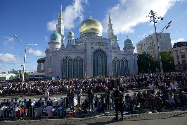 Rusya'da bayram namazı 14