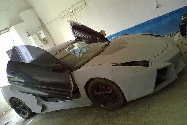 Evinde Lamborghini yaptı! 19