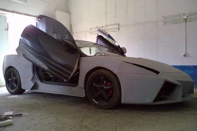 Evinde Lamborghini yaptı! 23