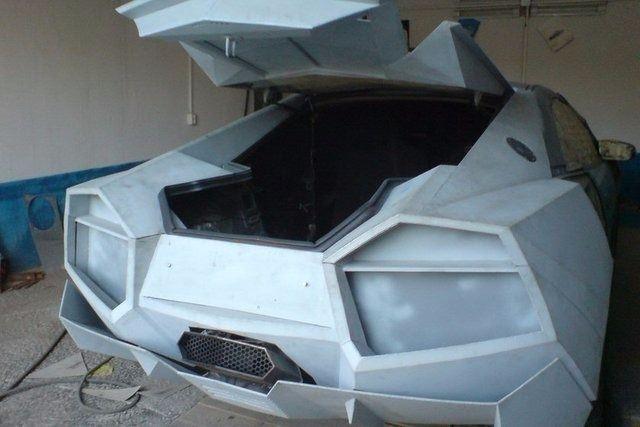 Evinde Lamborghini yaptı! 24