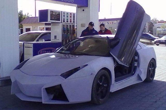 Evinde Lamborghini yaptı! 25
