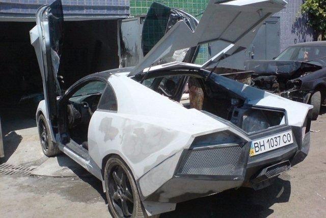 Evinde Lamborghini yaptı! 26