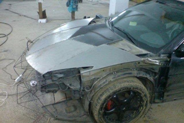 Evinde Lamborghini yaptı! 3