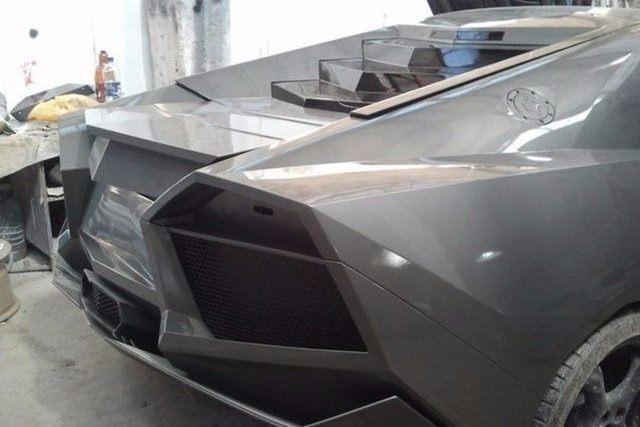 Evinde Lamborghini yaptı! 36