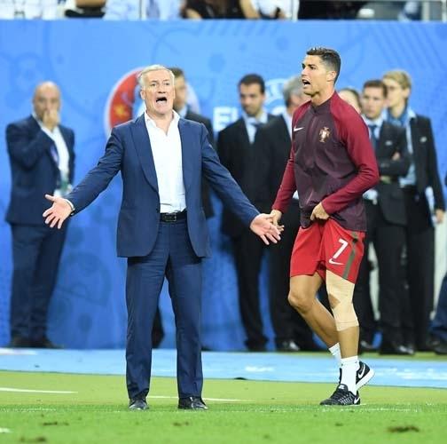 Dünya Ronaldo'nun bu hareketlerini konuşuyor! 11