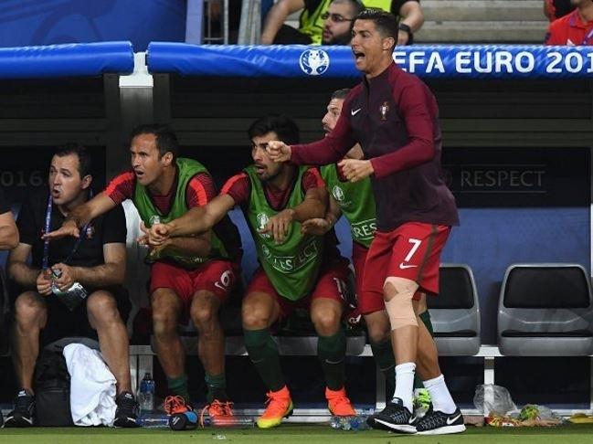 Dünya Ronaldo'nun bu hareketlerini konuşuyor! 16