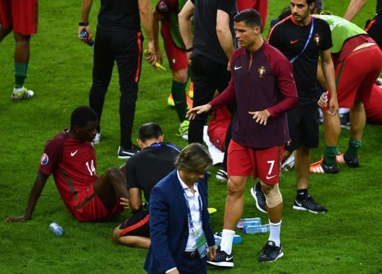 Dünya Ronaldo'nun bu hareketlerini konuşuyor! 18