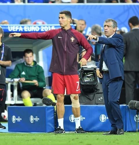 Dünya Ronaldo'nun bu hareketlerini konuşuyor! 9