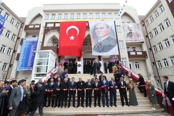 Türkiye'nin en iyi 10 İmam Hatip Lisesi 110