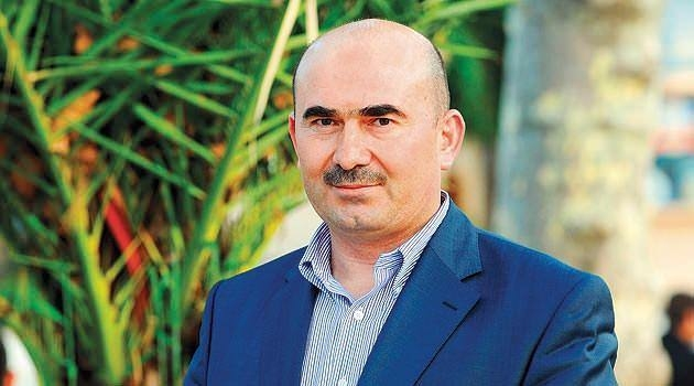 FETÖ lideri Gülen'in 72 hizmetkârı 27