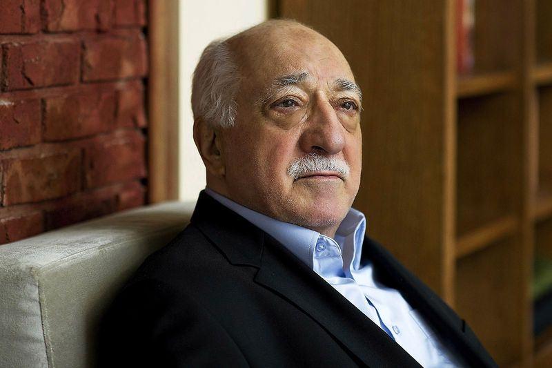 FETÖ lideri Gülen'in 72 hizmetkârı 4
