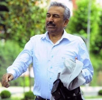 FETÖ lideri Gülen'in 72 hizmetkârı 43