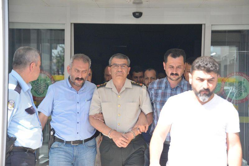 İşte tutuklanan darbeci komutanlar 18