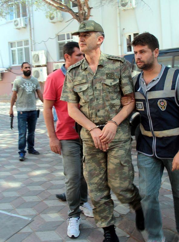İşte tutuklanan darbeci komutanlar 24