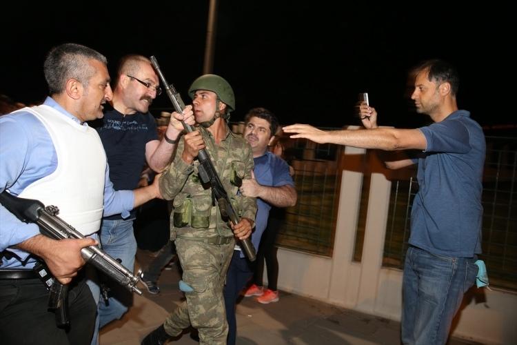 İşte tutuklanan darbeci komutanlar 40