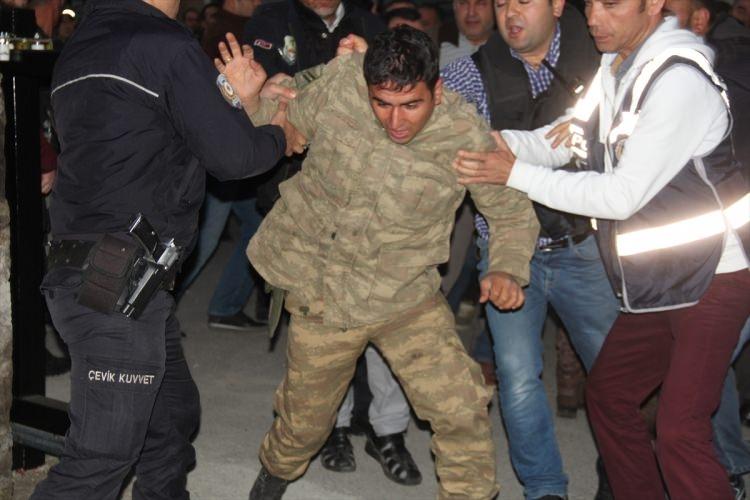 İşte tutuklanan darbeci komutanlar 48