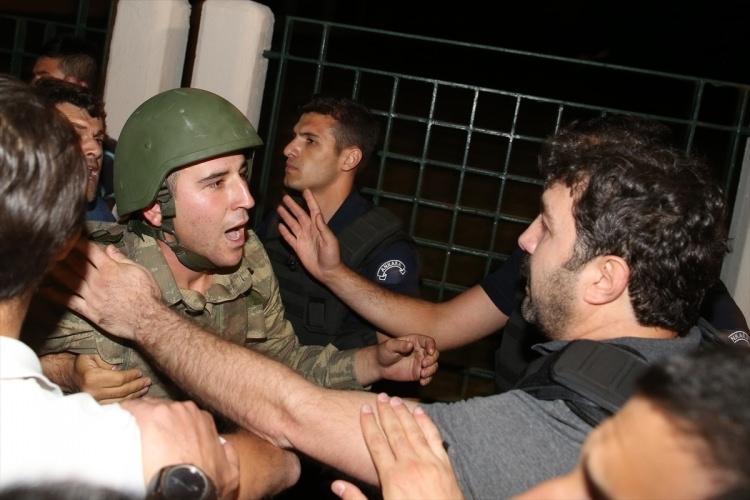 İşte tutuklanan darbeci komutanlar 61