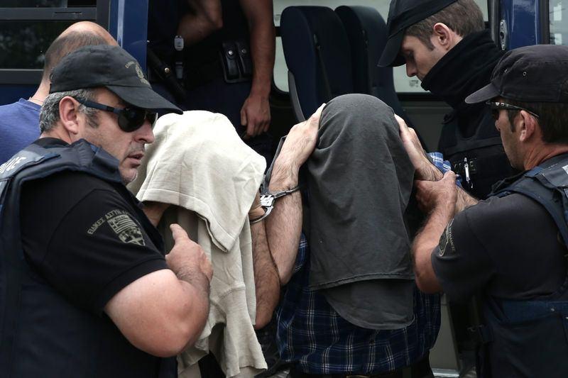 Yunanistan'a kaçan darbeciler Adliye'ye böyle geldiler 1