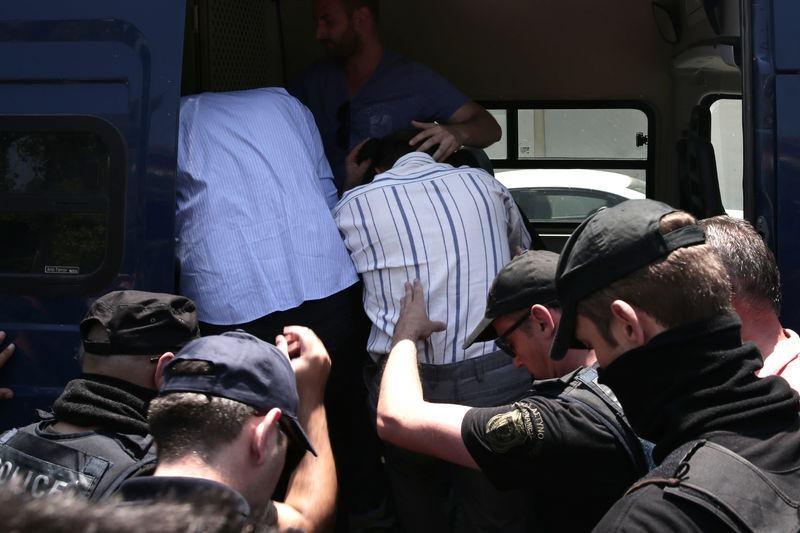 Yunanistan'a kaçan darbeciler Adliye'ye böyle geldiler 6