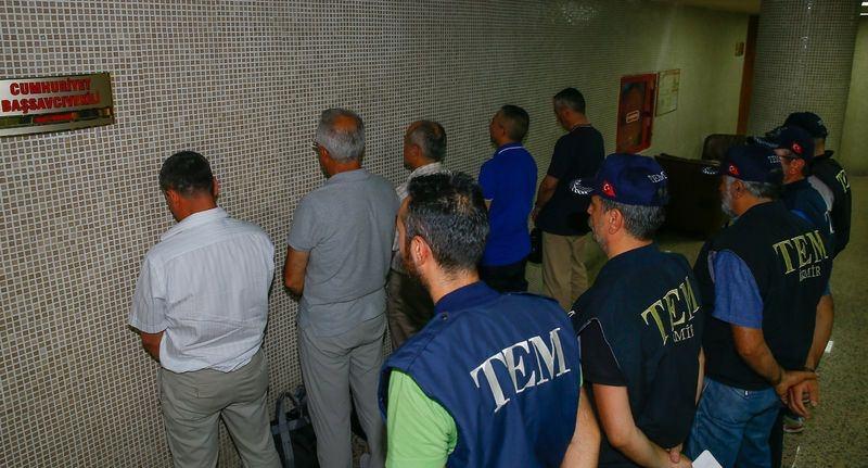 Yunanistan'a kaçan darbeciler Adliye'ye böyle geldiler 71