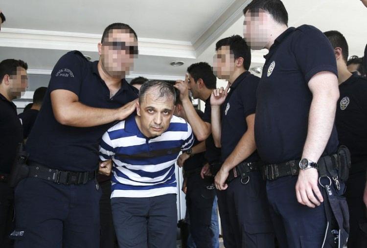 Yunanistan'a kaçan darbeciler Adliye'ye böyle geldiler 97