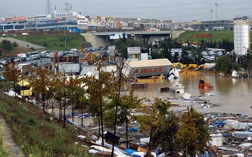 Kare kare Marmara'dan sel felaketi 1