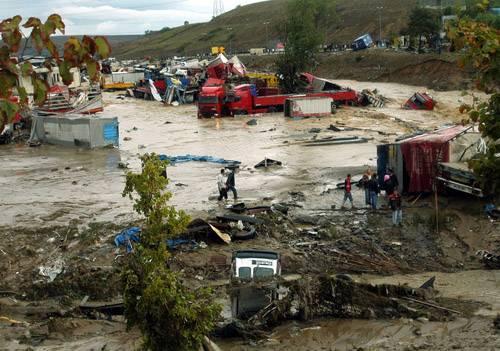 Kare kare Marmara'dan sel felaketi 7