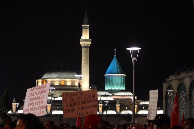 Meydanlar doldu, nöbet sabaha kadar sürdü 152
