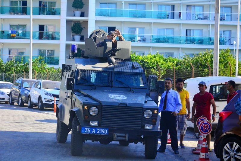 Erdoğan'ın konakladığı otele yapılan saldırının izleri 41