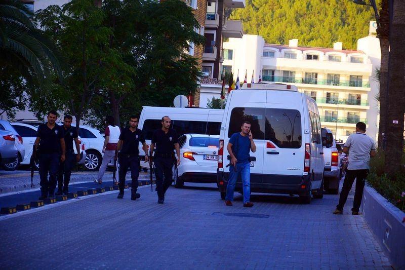 Erdoğan'ın konakladığı otele yapılan saldırının izleri 54