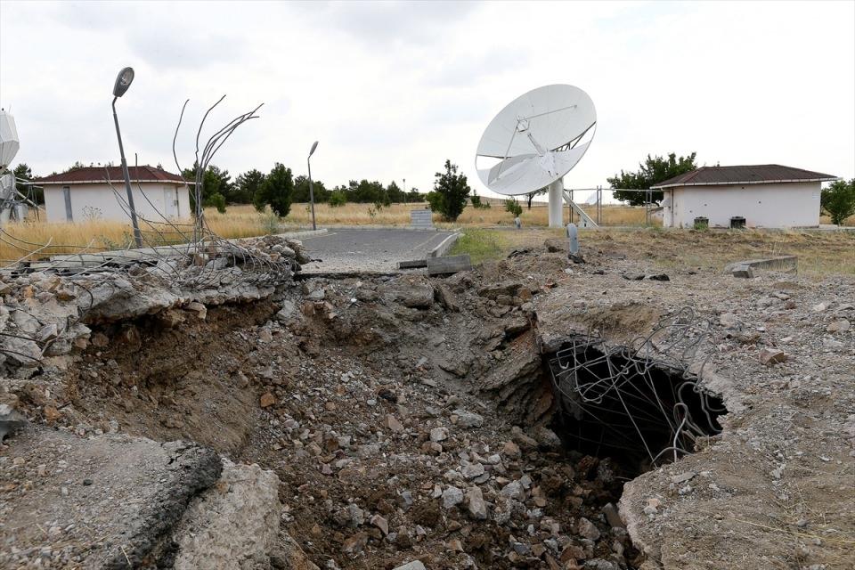 FETÖ'cü teröristlerin Türksat saldırısı 18