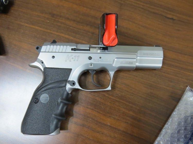 Tutuklanan savcının silah merakı 8